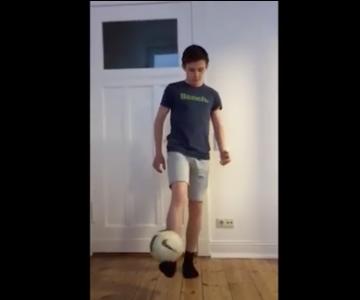 "Oranje Berlin | Kinderzimmerfußball Trick der Woche ""Marcelo"""